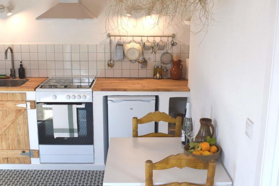 Kitchen Casa de Campo dining table